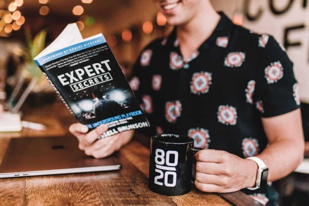 eBook marketing strategies - expert pic